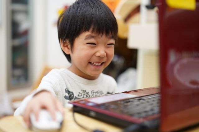 オンライン英会話キッズスターイングリッシュってどう?6歳子供とママの体験談と口コミ